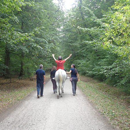 Terapija uz pomoc konja_03